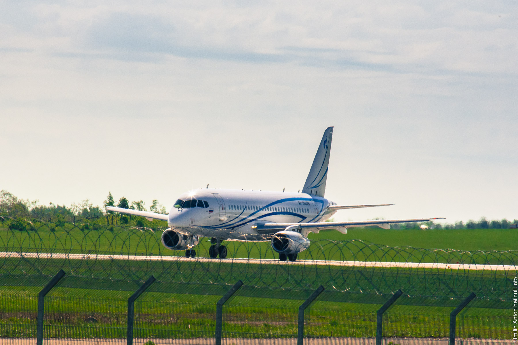 UAY_8145-10